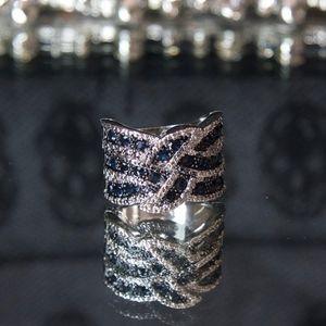Gorgeous 925 Silver Swarovski Blue Sapphire Ring